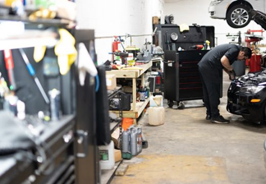 Tips on Choosing the Right Auto Body Shop
